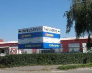 Car-parts wholeseller in Czech Republic